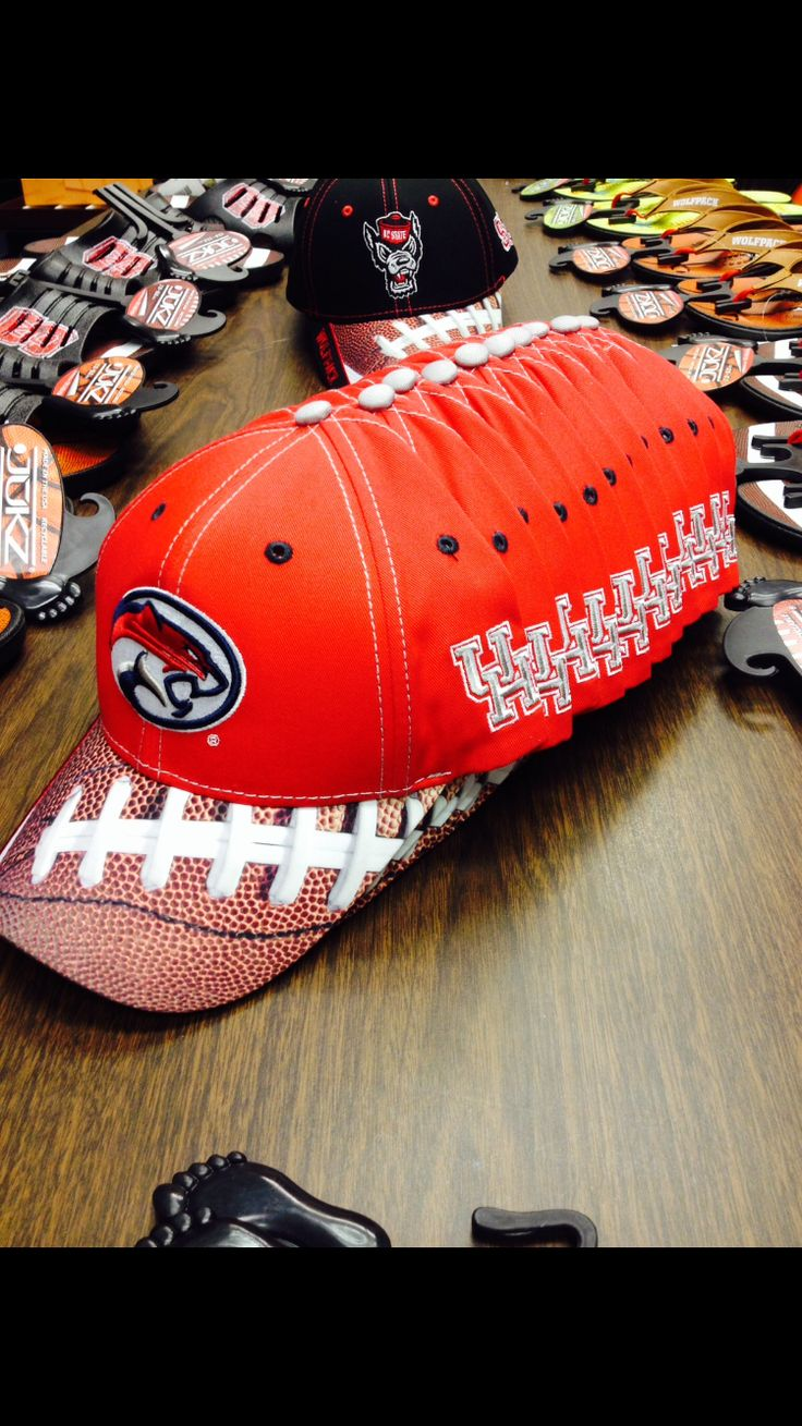 Houston Cougars Football Hats - only at Jukzshoes.com #Gocoogs #HoustonFootball