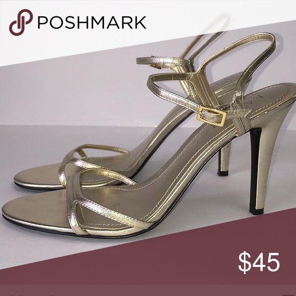 Ralph Lauren gold metallic strappy heels! 10M Ralph Lauren Gold strappy heels! Great condition! Size 10M perfect for all special occasions 🌷 Ralph Lauren Shoes Heels