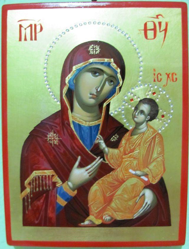 Maica Domnului cu Pruncul Iisus in brate
