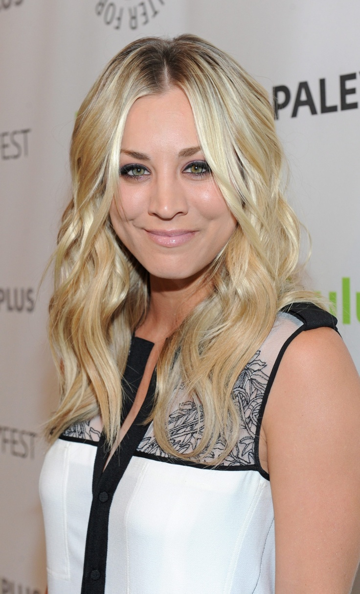 Kaley Cuoco poses on arrival at the Paley Center for Media's PaleyFest, honoring The Big Bang Theory at the Saban Theatre, in Los Angeles, Calif., on Wednesday, March 13, 2013. (Kevin Parry/Invision)