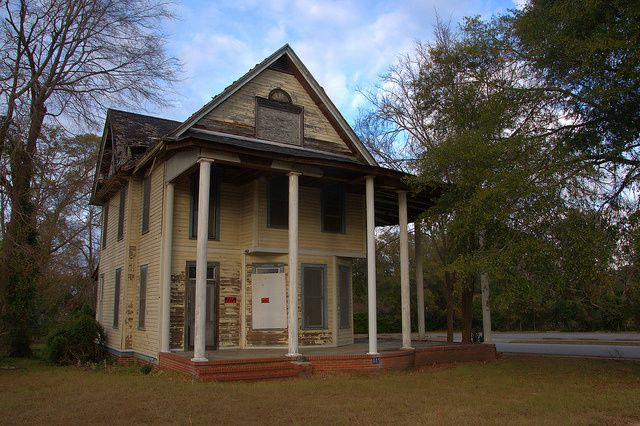 Millen Ga Historic House For Sale Abandoned Photograph