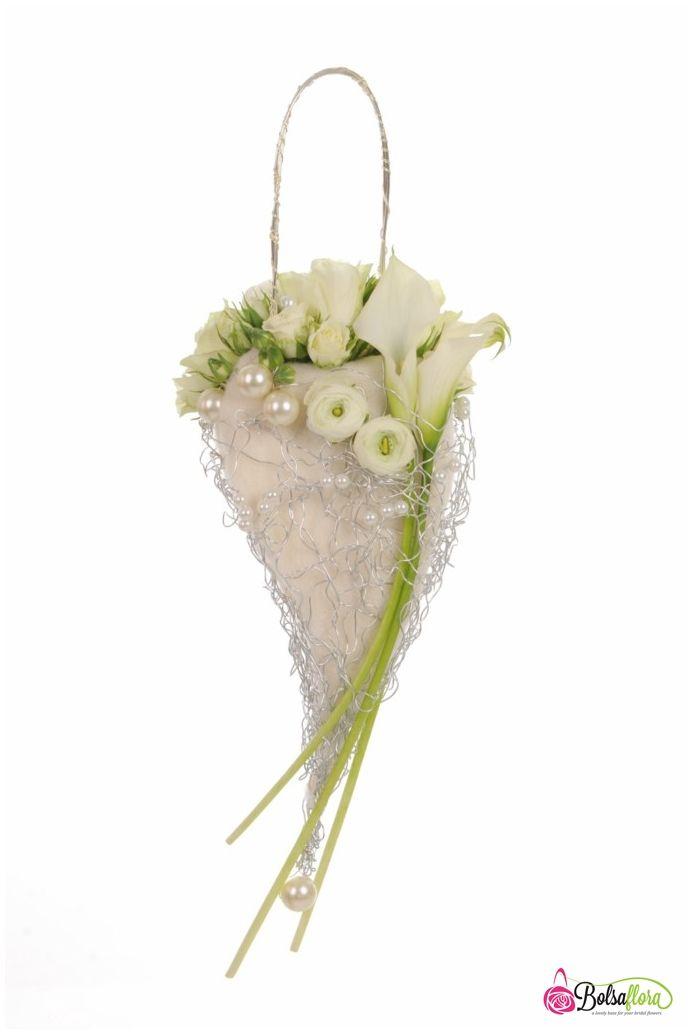 Bridal flower purse bouquet created with Bolsa Flora II.