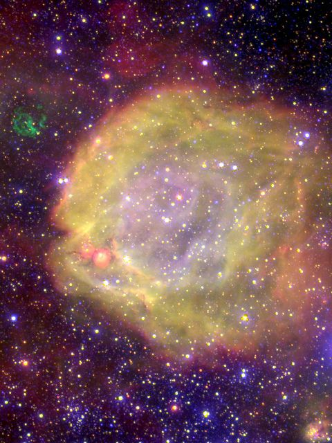 AB7 is one of the highest excite-ment nebulae in the Magellanic Clouds. It is a binary star, consist-ing of one WR-star (highly evolved massive star) & a mid-age massive companion of spectral type O. AB7 w/the assoc. huge nebula & He-II region indicate that this star is one of the hottest WR-star known so far; it's surface temp. is +120,000°