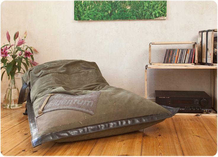 sessio. (Der Sitzsack mit Vorleben) von reditum I Möbel mit Vorleben - bei Avocado Store günstig kaufen