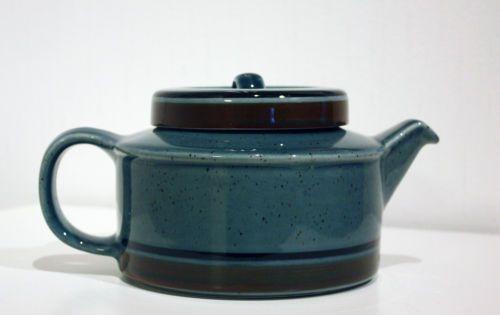 "Vintage, Retro, Arabia Finland, ""MERI"" Teapot with infuser, design Ulla Procope"