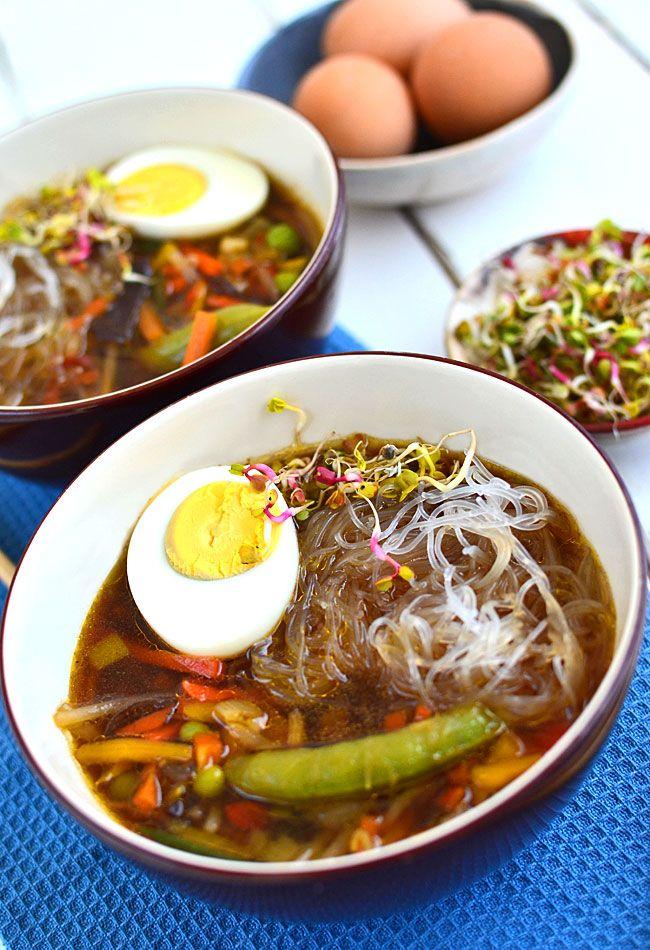 Azjatycka zupa z jajkiem   - etap 1