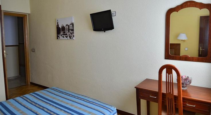 Hostal Sardinero Madrid Located in Madrid Historic Centre, Hostal Sardinero is a short walk from the Puerta del Sol. The Prado Museum and the Thyssen Gallery are also within walking distance. Free WiFi is available.
