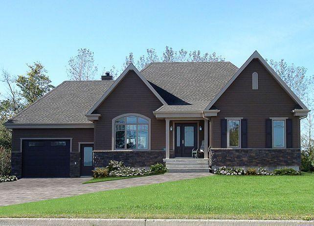 Ajout significatifs à un plan populaire  Maison style rustique, abordable, plancher ouvert, 2 chambres, espace bureau, garage  http://www.dessinsdrummond.com/detail-plan-de-maison/info/1003027.html