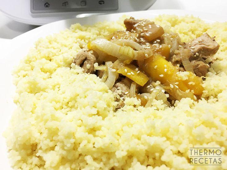 Cuscús de pollo marinado y mango - https://www.thermorecetas.com/cuscus-de-pollo-marinado-y-mango/