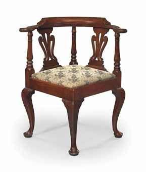 a queen anne mahogany corner chair newport 31 in high