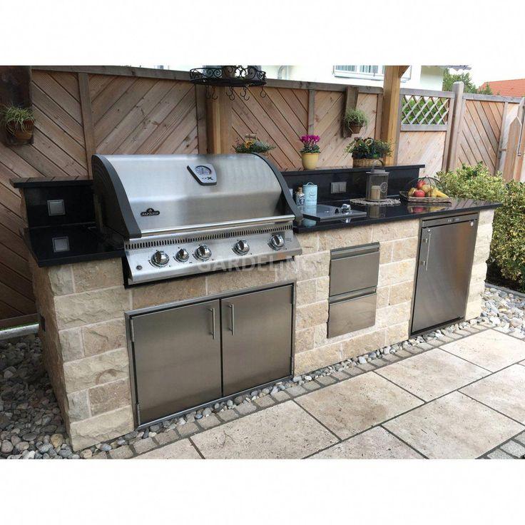 Inspiration: Selbstgebaute, überdachte, moderne Außenküche aus Stein mit Napoleon Einbaugrill im Garten // inspiration selfmade modern outdoor kitc…