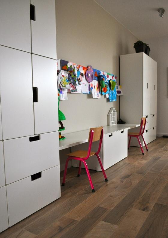 Kinderhoek in woonkamer door STIJLIDEE Interieuradvies en Styling http://stijlidee.wordpress.com