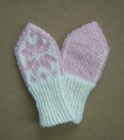 Swedish mittens for a baby, by the talented Pysselfarmor