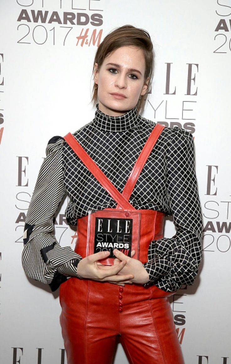 Christine and the Queens avec son award du meilleur album ...