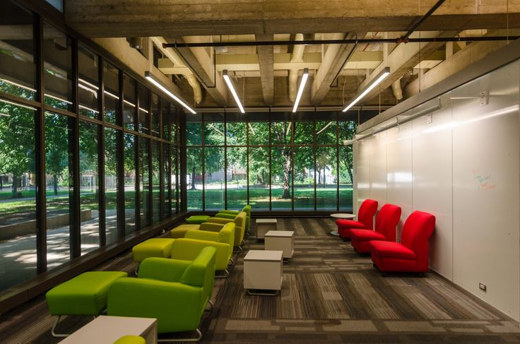 See the renovated Richard J. Daley Library study space designed by Woodhouse Tinucci Architects during Open House Chicago 2017.