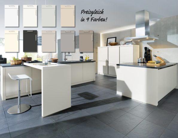 Grifflose, Puristische Design Küche In Weiß.
