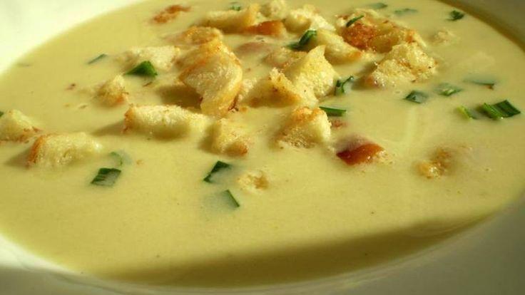 Krémová pórková polévka s krutony | Vaření s Tomem