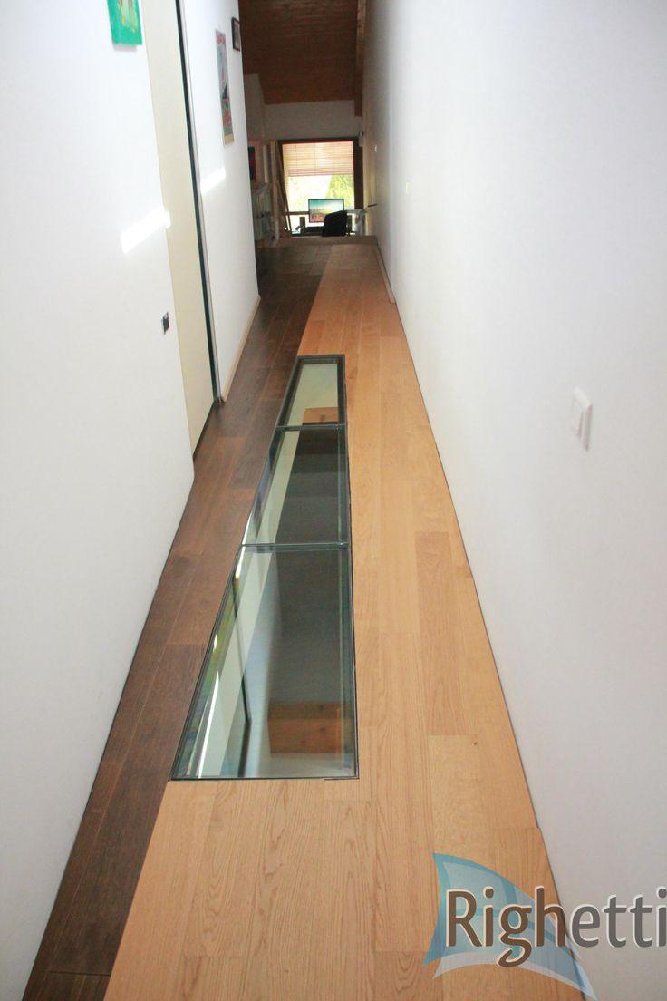 Dalle de sol en verre tri-feuilleté Classica. Glass Floor made with Laminated Toughened glass