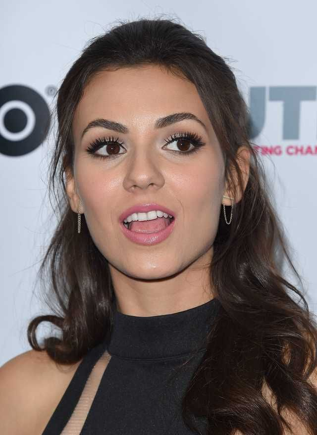 Victoria Justice Victoria Justice Victoria Justice Victorious