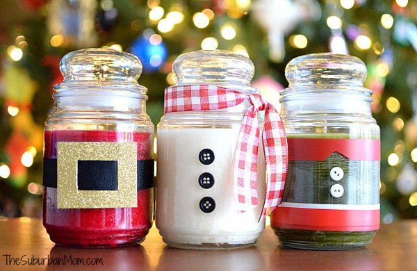Creative Christmas candles you can display as your centerpiece. Play along with how the bottles of the Christmas bottles will look by dressing them up into popular Christmas characters.