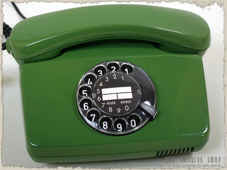 Telefon (grün) mit Wählscheibe