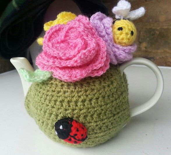 Flower tea cosy