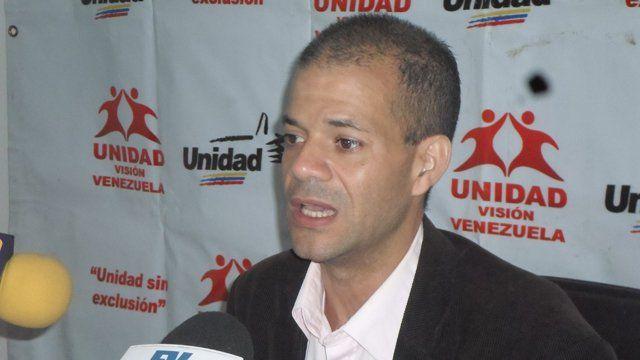 Omar Ávila: No se puede disponer de los recursos de la Nación sin la aprobación del Parlamento - http://www.notiexpresscolor.com/2016/10/14/omar-avila-no-se-puede-disponer-de-los-recursos-de-la-nacion-sin-la-aprobacion-del-parlamento/