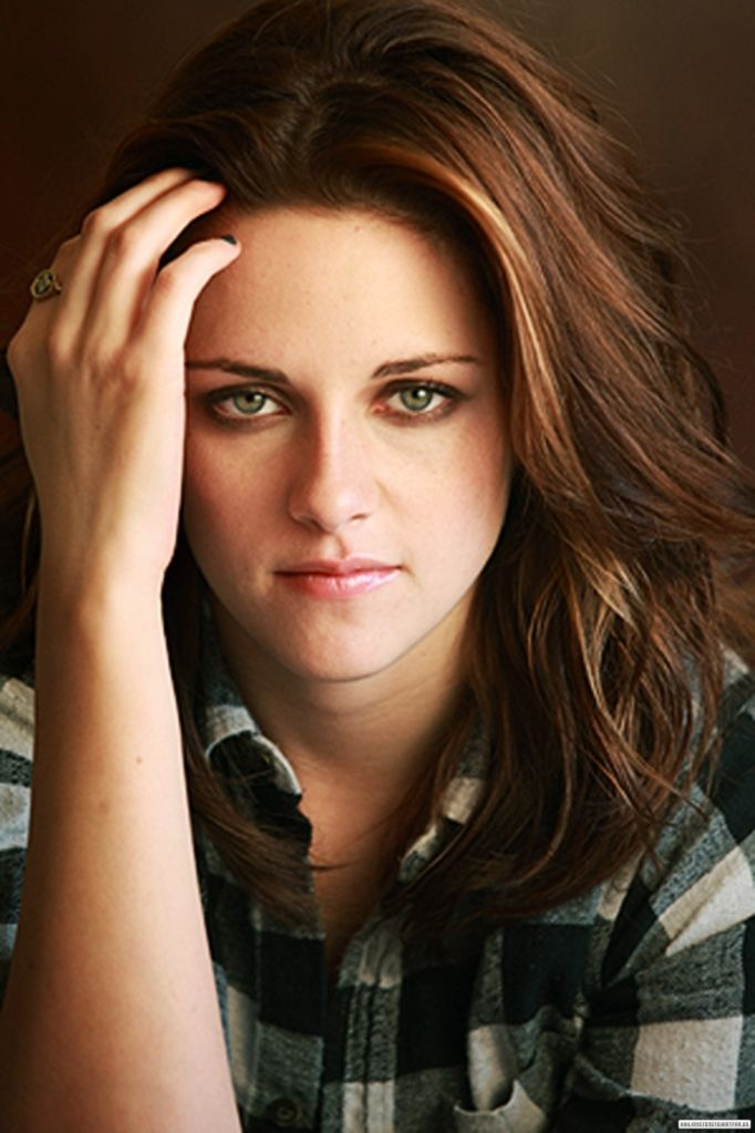 "Kristen Stewart in a photo shoot for the movie  for the movie ""Welcome To The Rileys"" in NYC 2010......."
