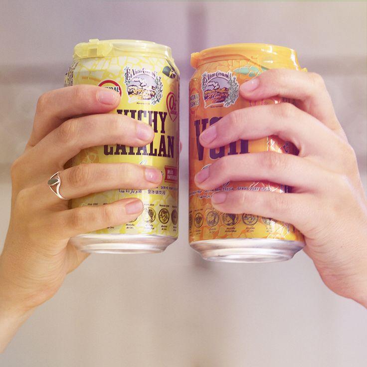 Un brindis con la pareja perfecta, la de Vichy Catalan Lemon & Orange, 0% azúcares añadidos y con todos los beneficios salutíferos de la genuina Vichy Catalan