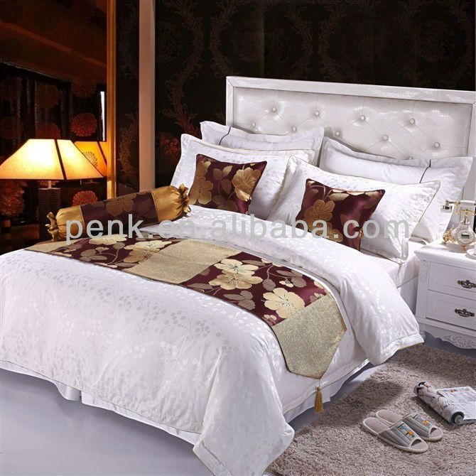 1, two pillow cases and 1 bedding skirt2,best quality with competive price3, flexible packing and convenient extraction