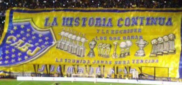 La bandera patrocinada por Carlos Tévez se estrenó en La Bombonera - La noche mágica que se pudo disfrutar gracias a Sebastián Battaglia fue el marco perfecto para que la hinchada de Boca Juniors estrenará el telón ...