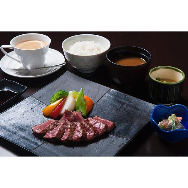 work 近江牛ステーキ御膳 #beef #tasty #近江牛 #ステーキ #肉 #肉料理 #肉食 #和風