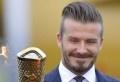 David Beckham a confirmé qu'il participerait à la cérémonie d'ouverture des Jeux Olympiques de Londres vendredi, en dépit du fait qu'il n'a pas été sélectionné pour les JO. Selon plusieurs quotidiens britanniques, l'ancien capitaine de l'équipe d'Angleterre, aujourd'hui âgé de 37 ans, a été sollicité pour jouer un rôle non précisé lors de la cérémonie [...]