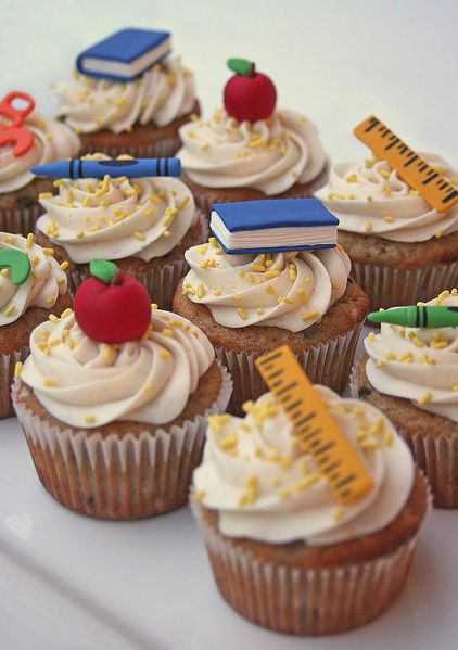 back to school party ideas | Wednesday 5 – Back to School Cupcakes! | Party Cupcake Ideas