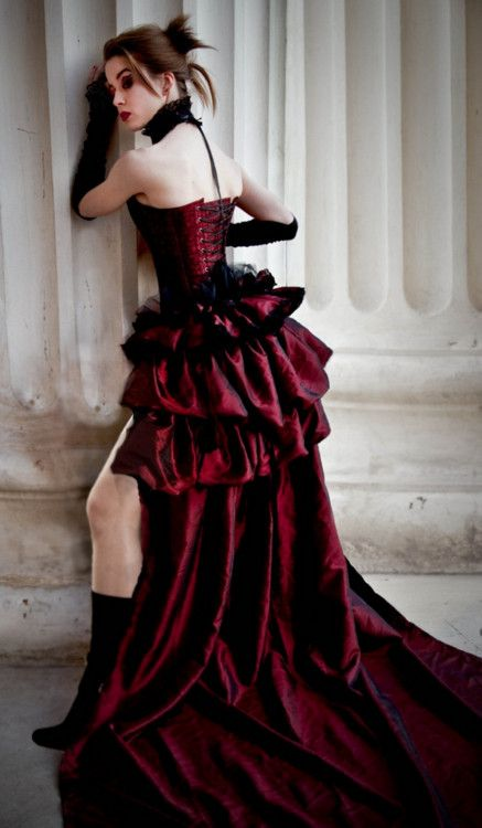 Victorian Gothic Wedding Dress - would want long at the front too though.
