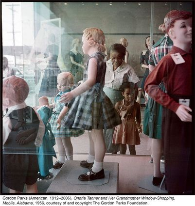 Gordon Parks' Never-Before-Seen Photos Of 1950s Segregation