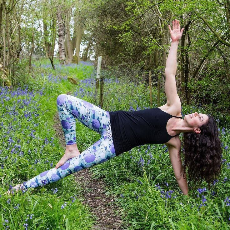 Yoga in the beautiful green outdoors. They go perfectly with our Clovelly leggings - inspired by the English countryside. LOVE!  #activewear #yoga #yogapants #yogapractice #yogapose #yogaaddict #yogainspiration #yogalife #yogaeveryday #namaste #workout #ethicalfashion #eco #athleticwear #sustainability #fairtrade #organic #fitness #fashion #athletic #athleisure #whomademyclothes #truecost #fashionrevolution #fashrev #truecostmovie #england #countryside #yogaoutdoors #outdooryoga