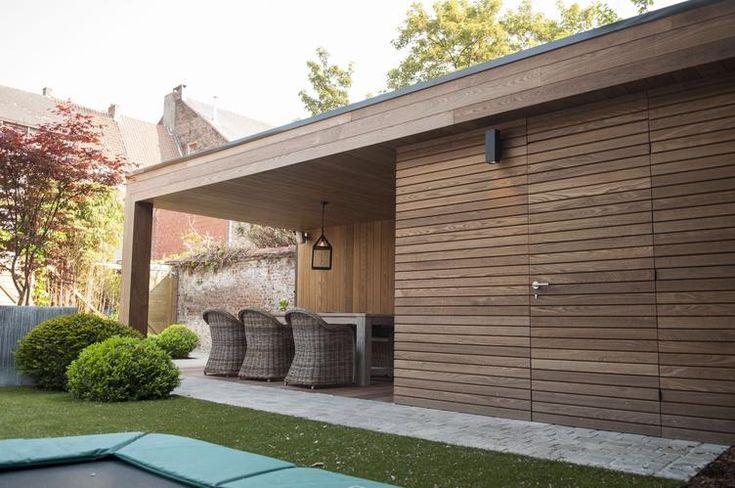 Luxe tuinhuis met overkapping