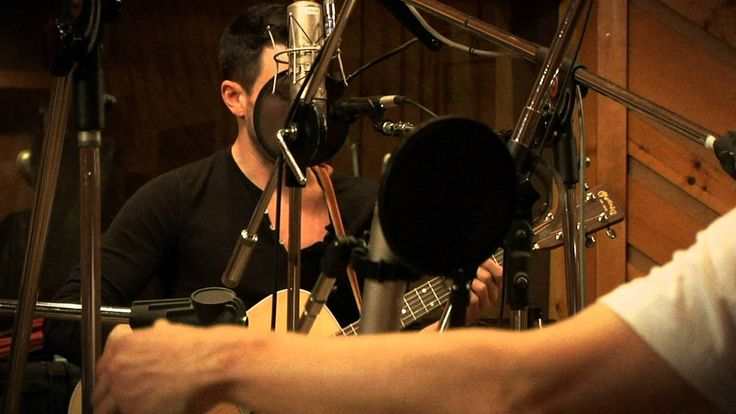 """""""Gold"""" Steve Kazee's cover version. Originally by Interference. Cover made in 2012."""