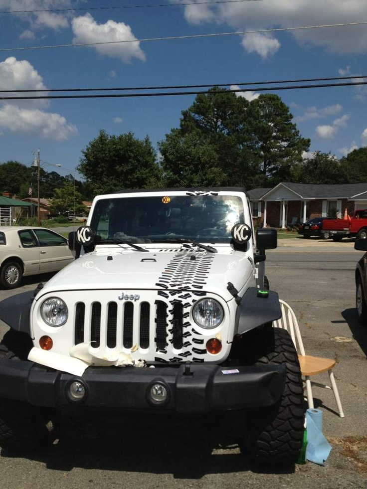 New Graphics Even Matches The Tread On His Tires WRJC Jeep - Jeep hood decalsgraphics for jeep wrangler hood decals and graphics www