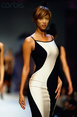 Tyra Banks Modeling Dress by Leger 1996 | Herve Leger 90s ...