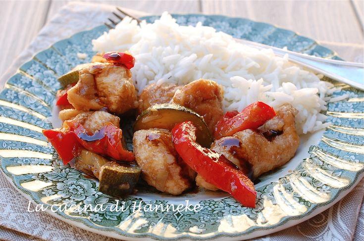 Bocconcini di pollo con verdure e aceto balsamico