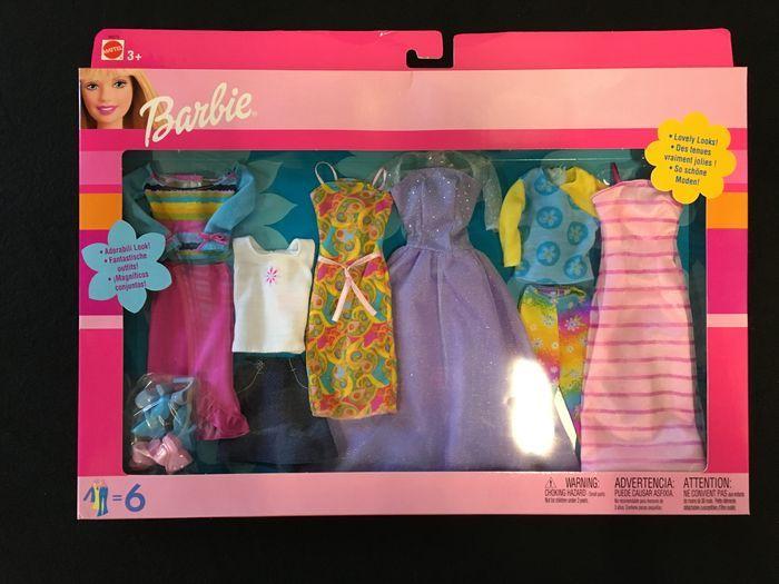 Barbie Ferrari F355 GTS, Bakkerij, Kappop, fiets 67560, Typemachine en 3 kledingsets - Catawiki