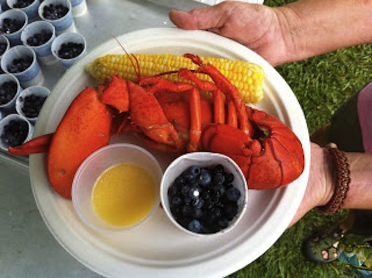 Labor Day Lobster Recipes. Lobster season in Maine...peak for the best tasting lobster is July through Sept.