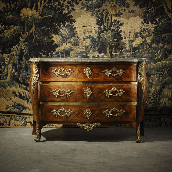 A swedish rococo Commode by Christian Linning