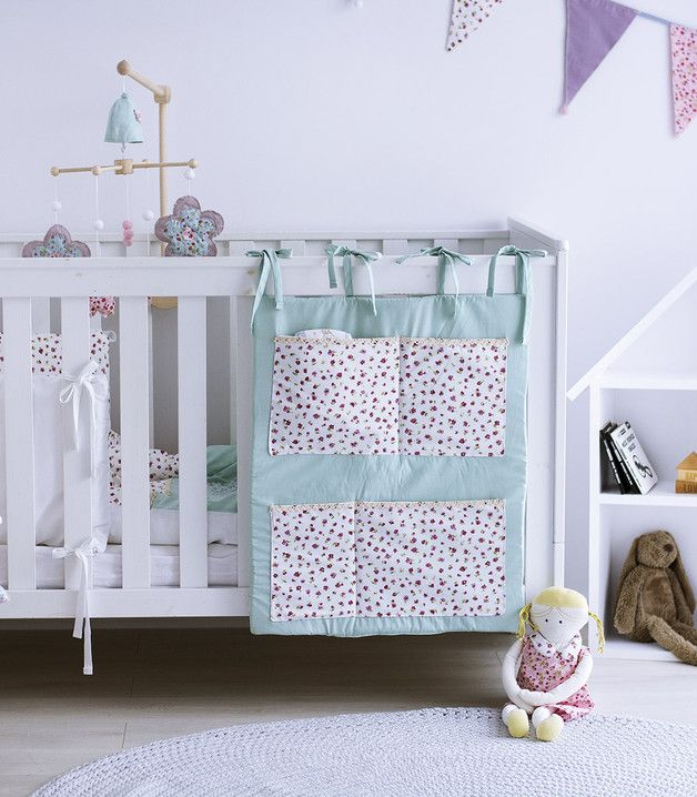 Kinderzimmer einrichten: Hübsches Bett Utensilo fürs Kinderbett / decorate the nursery: utensilo for the children's bed made by muzponyde via DaWanda.com