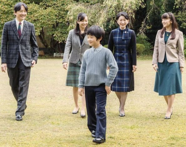 Japan's Prince Akishino, the second son of Emperor Akihito and Empress Michiko, turned 51 year old on Wednesday, Nov 30. (Akishino-no-miya Fumihito Shinnō, born 30 Nov. 1965). On the occasion of 51st birthday, Japan's Prince Akishino and his wife, Princess Kiko pose for a family photo with their children, Prince Hisahito, Princess Mako and Princess Kako, at their residence in Akasaka Imperial Grounds in Tokyo.