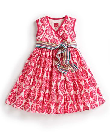 Joules JNR CROQUET Girls Dress, Pink. Put your little one in print this season. A lightweight summer dress that will become her favourite from the moment she sees it.
