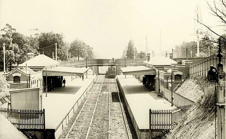 Jolimont Railway Station in Melbourne in 1910.
