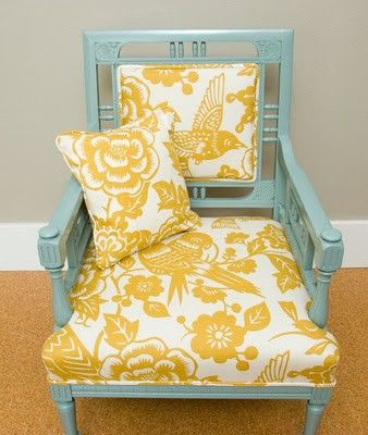 yellow and turquoise: Vintage Chairs, Living Rooms, Color Combos, Yellow Fabrics, Color Combinations, Furniture, Old Chairs, Paintings Chairs, Yellow Chairs